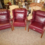 3pc leather burgndy wingback chair - Furniture on Consignment in MD